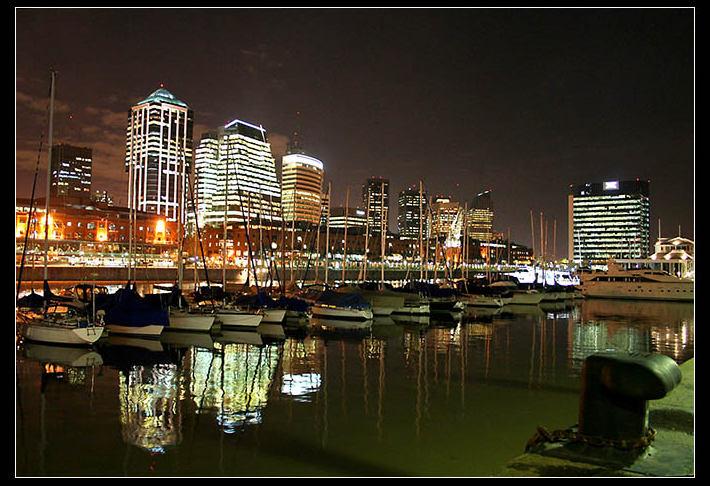 Puerto Madero: unos de los mayores atractivos turísticos de Buenos Aires.